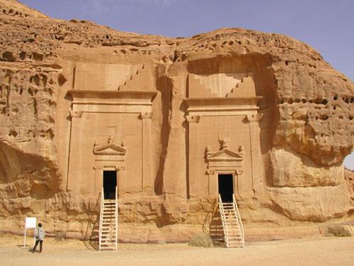 discovering-saudi-arabia-madin-saleh-cap-arabie.jpg